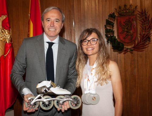El Ayuntamiento felicita a Nerea Langa por sus cinco medallas en el Mundial Júnior de Patinaje