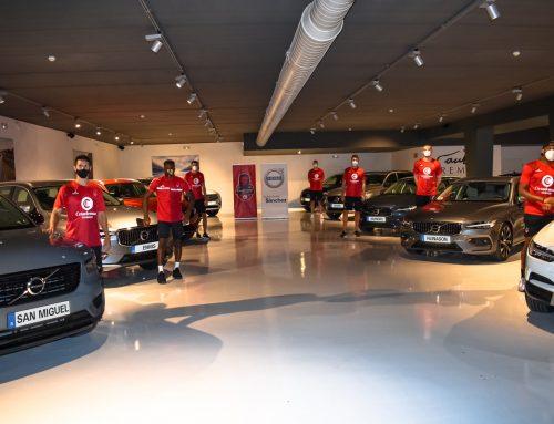 Volvo Automóviles Sánchez hace entrega de la flota de vehículos a Casademont Zaragoza