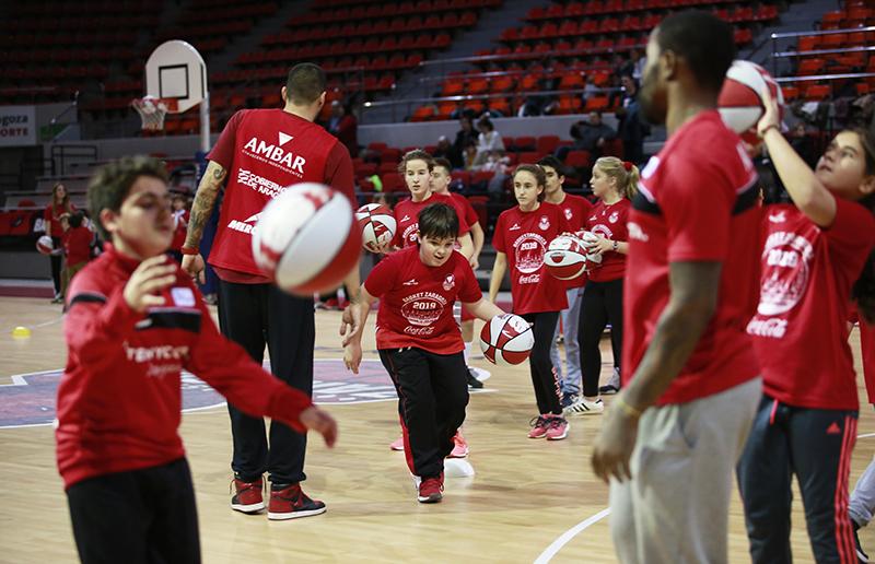 Tecnyconta Zaragoza estrena el año con su Clínic Coca-Cola – Club de Patrocinadores