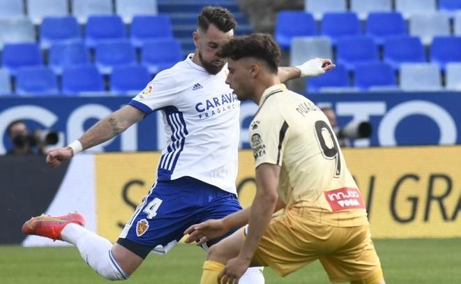 El Real Zaragoza suma y seguirá fuera del descenso (0-0)