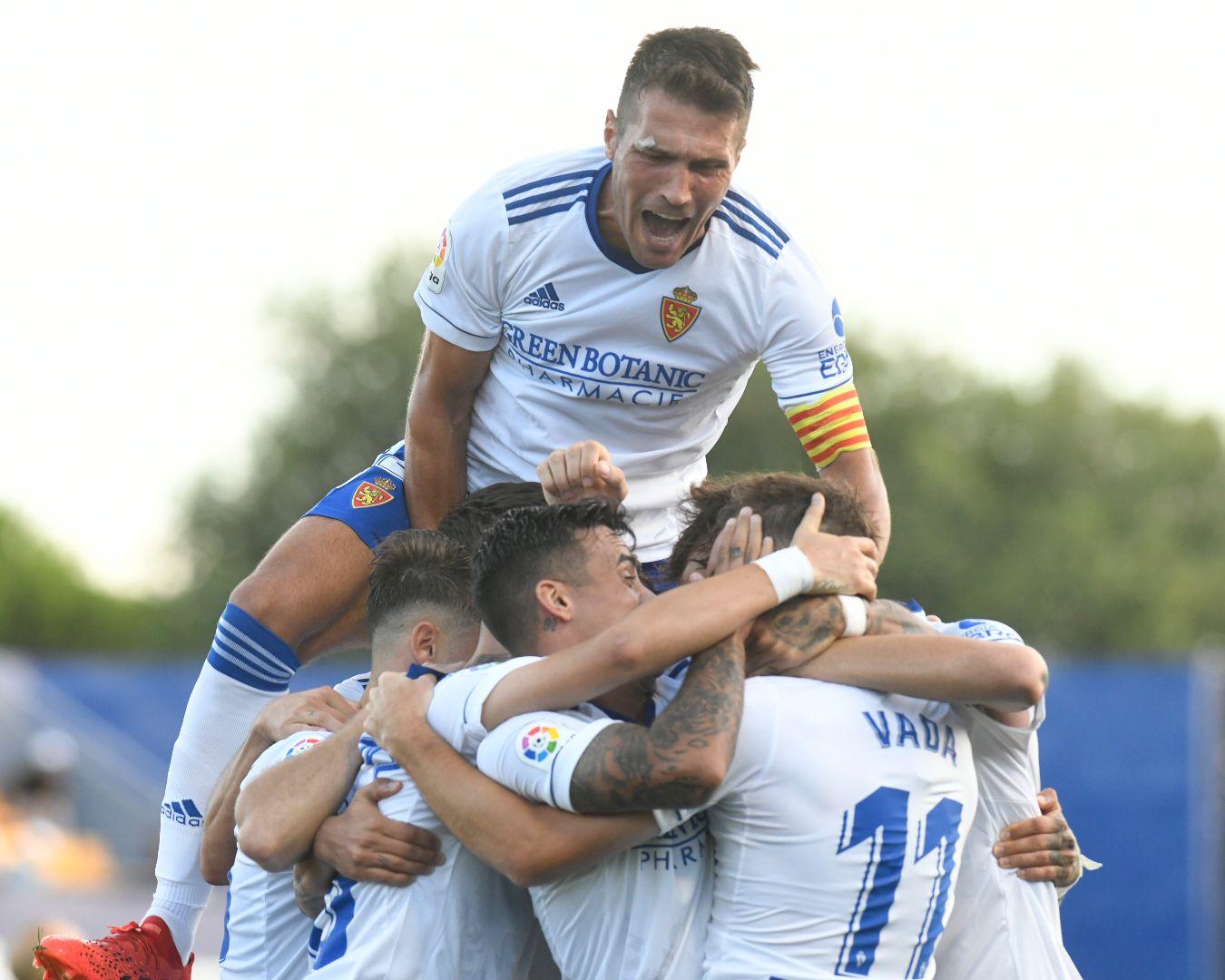 Remontada del Real Zaragoza para lograr su primera victoria